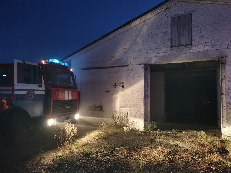 Неэксплуатируемое здание фермы горело в Лидском районе
