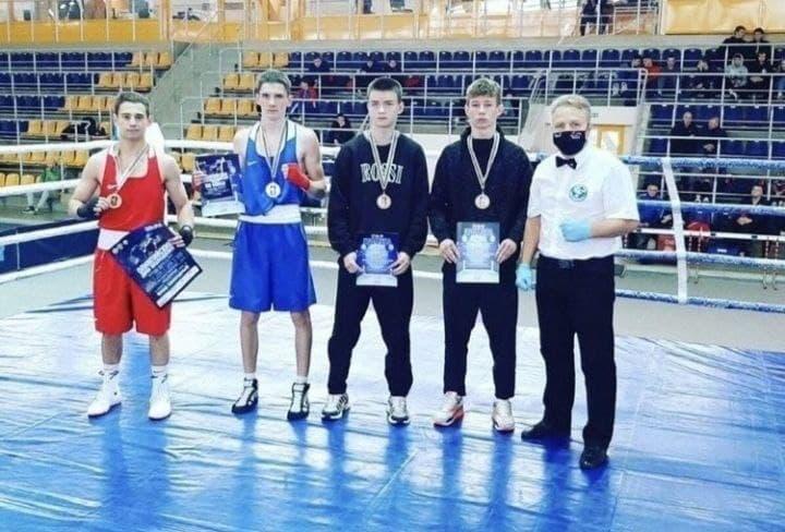 Сергей Павлович завоевал серебряную медаль по боксу на олимпийских днях молодежи в Могилёве