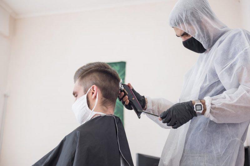 В связи с неблагополучной эпид. ситуацией по коронавирусной инфекции на территории Лидского района, при оказании парикмахерских услуг, должны проводиться дополнительные мероприятия, направленные на снижение распространения инфекции COVID-19.