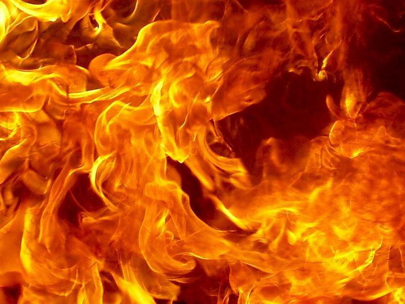 В Лиде пенсионерка получила ожоги в результате возгорания на ней одежды