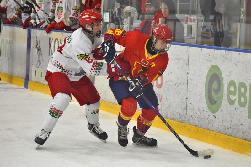 Хоккейная команда «Лида-2» уступила юношеской сборной Беларуси